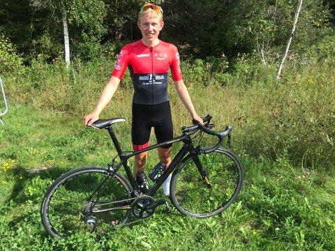 I STORFORM: Gjersdølingen Halvor Sørbø (16), som sykler for Asker CK, vant Grenland Petit Prix sammenlagt.