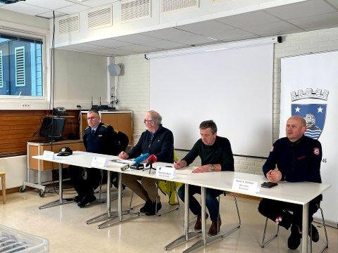 I dag hadde Risør kommune pressekonferanse sammen med lensmann Odd Holum og innsatsleder Rune V. Paulsen i Østre Agder Brannvesen.