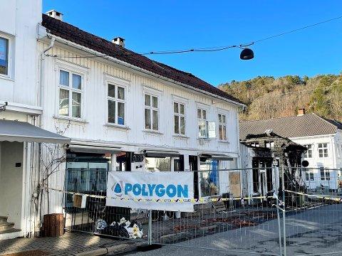 Anne Karin Solheim befant seg i andre etasje i Storgata 9 når det begynte å brenne i bygget ved siden av.