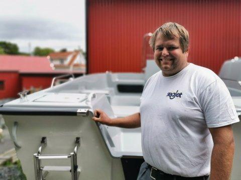 Frode Pedersen sier Fie bil og båt har solgt 70 båter bare siden 1.mars.