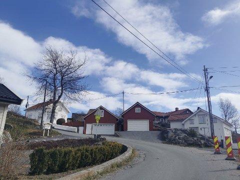 Kranveien og Linddalsveien vil i en periode bli avstengt ved krysset der disse to veien møtes. Årsaken er rørarbeid.