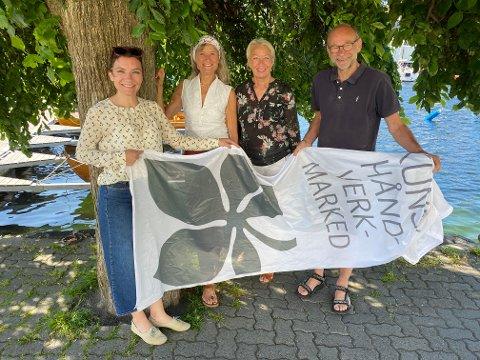 STØTTE: Sparebanken Sør har utvidet sin støtte til Villvinmarkedet og har nå inngått en treårig kontrakt med markedet, som utløser 100.000 kroner i året. Fra venstre Villvin-leder Camilla Børretsen, styreleder Nina Gresvig, banksjef Heidi Simonsen og styremedlem Arnfinn Haugen.
