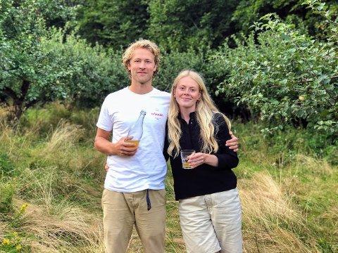 Morten Michalsen (33) og Astri Amalie Bloch Kvåle (30) har mange planer for småbruket som de tar over i september – i første rekke står et gartneri med siderproduksjon.