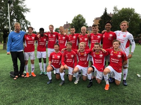 FFKs gutter 16 øynet et håp om avansement, etter at motstanderen brukte ulovlige spillere i gårsdagens 32-delsfinale.