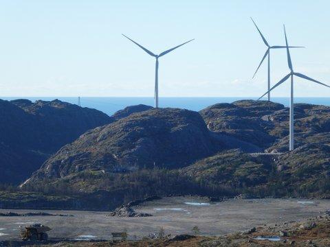 NOK NÅ: Rådmannen i Flekkefjord mener vindkraftutbygging av Tellenes (bildet), Lista og Tonstad har medført omfattende areal- og naturinngrep og at det ikke er tom for etablering av nye landbaserte vindkraftanlegg i regionen.