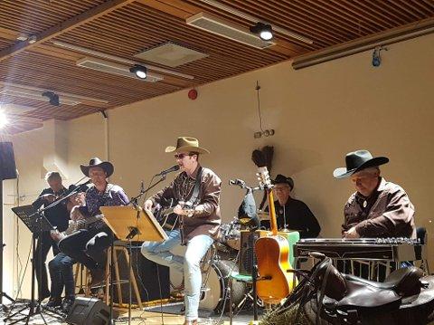 SPILTE OPP: Nashville Sound spilte opp på countrykvelden.