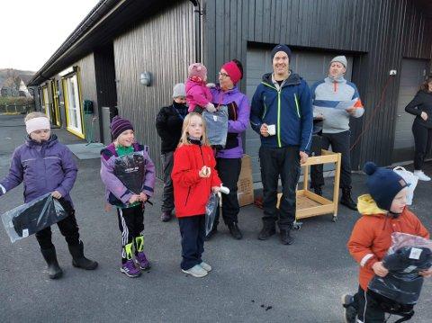 TURSEKK: Snaut 50 barn fikk en flott tursekk for å ha gjennomført fem registreringer eller mer.