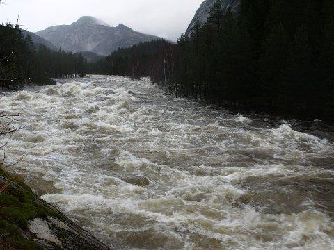 MYE VANN: Det er nå mye vannføring både i Sira og Kvina