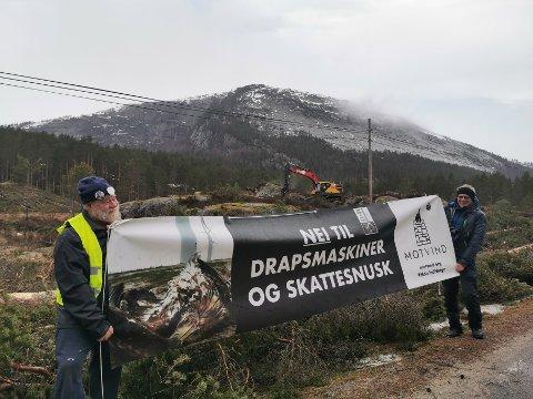 FORBUD: Aksjonistene fra Motvind Norge har fått 24 timers forbud mot å nærme seg anleggsområdet ved Buheii.