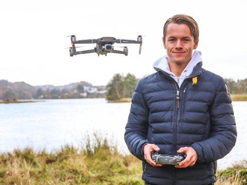 SUKSESS: Simen Haughom har gjort stor suksess med sine dronefilmer.