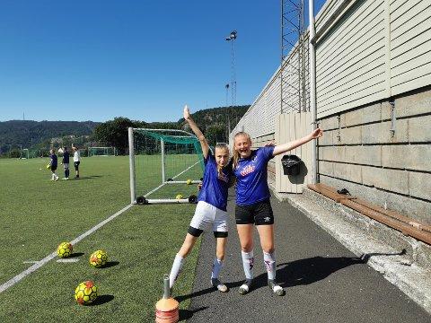 SPREKT: Fotballtreningene er i gang, og denne uken begynner kampene. Her fra Tine fotballskole i helgen på Uenes stadion.
