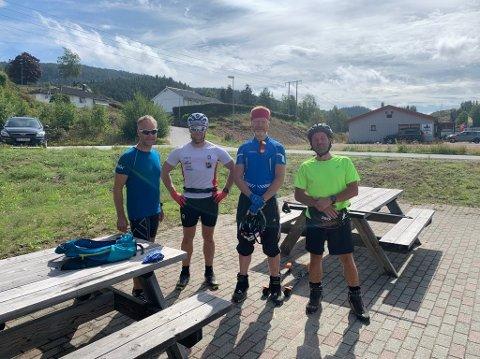 STYRKEPRØVE: Flekkefjord-løperne Terje Log, Joakim Olsen, Glenn Omland og Bjørn Løyning er godt i gang med treningen for en ny skisesong. Sist torsdag gjennomførte de en rulleskitur på hele 90 kilometer.