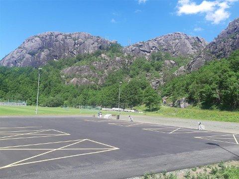 BOBILPARKERINGEN: Bobilparkeringen kom på plass i sommer. Den har ifølge Nils Jacobsen blitt godt brukt.