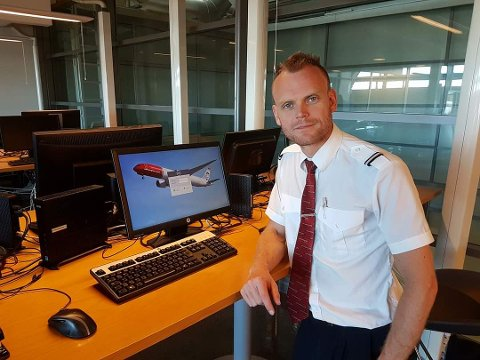 GLEDER SEG OVER JOBBEN: Crewrommet på Gardermoen før flight.