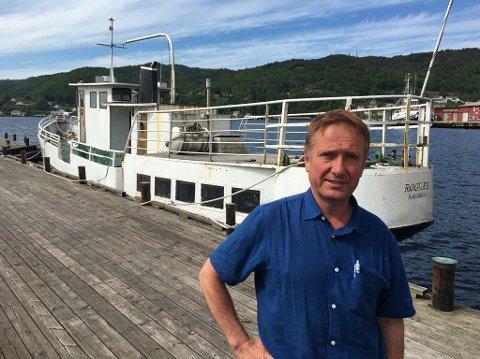 VETERANBÅT: Jarl Magne Strømland har fjernet båten fra Tollbodbrygga. Her fra tidligere i sommer.