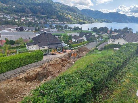 LEIDINGSHAUGEN: Lund kommune holder på å avslutte det siste prosjektet på Moi med sanering av rør på Leidingshaugen nå.
