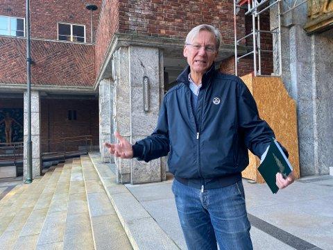 Bystyrerepresentant James Stove Lorentzen støtter byrådet i å benytte seg av private aktører til koronatesting.