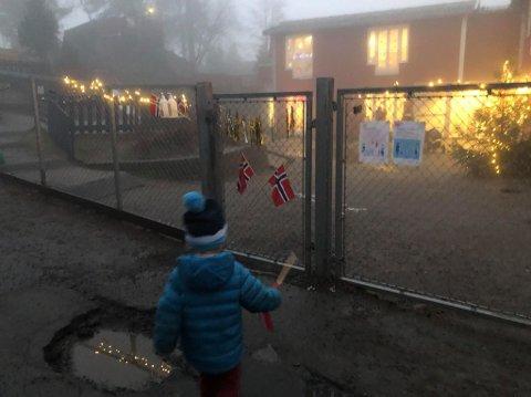 For barna i Gulldalen startet dagen med storfeiring, etter at barnehagen ble vedtatt spart fra nedleggelse.