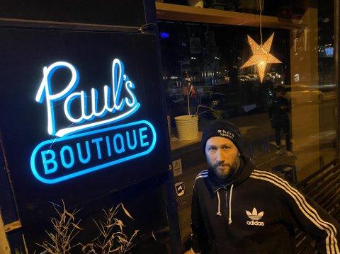 LETER NYE LOKALER: Pål Bagge Skar, driver av Paul's Boutique på Alexander Kiellands plass, er nå på leting etter nye lokaler for baren etter en konflikt med utleier.
