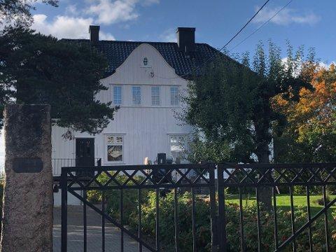 """For bare noen dager siden ble det bestemt at dette huset på Nordstrand, også kalt """"Veslestuen"""", har fått innvilget 241 000 kroner for å restaurere."""