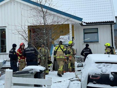 Brannvesenet rykket tirsdag ettermiddag ut til en brann i en enebolig på Røa.