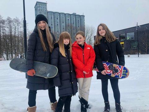 Maria Skogen (25), Amalie Raaen Tuxen (11), Emma Elisabeth Ryder Landemoen (11) og Sunniva Sharafi-Listhaug (11) drømmer om en skatepark på Kuba i Oslo.