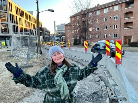 Gjerd Helgerud beklager bygging av sykkelvei i Hoffsveien på Hoff.