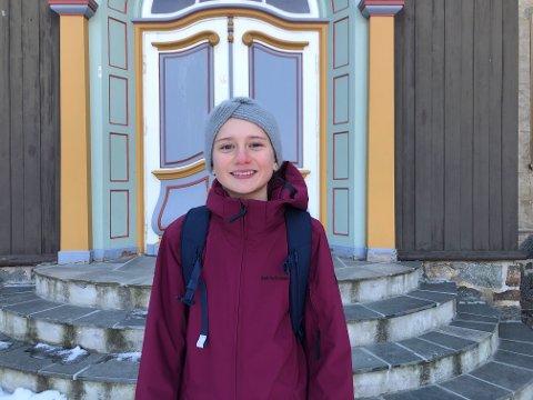 HALVE DAGER: Mari Brandstadmoen (11) går i 6. ved Ljan skole på Nordstrand, og har en kombinasjon mellom fysisk skole og hjemmeundervisning hver dag. De yngste elevene har hele skoledager.