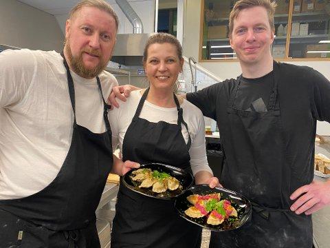 VENNEGJENG:  Przemek Szczygielski, Beata Tumidajsk og .Pawel Turala har startet Polka Pierogi i et utlånt kjøkken på Økern.