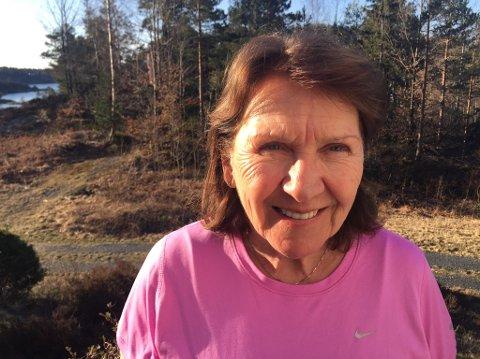 LØSER PROBLEMER: Kjelsås-beboer Hanne Grønn Larsen (69) har opplevd problemer med overvann både i jobb og privat. Nå har hun sammen med 19 andre Kjelsås-beboere gitt råd til kommunen om hvordan dette kan bekjempes.