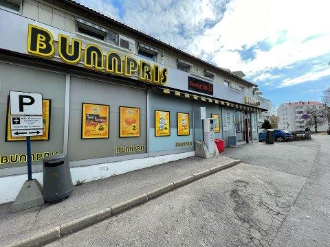 VOLDSEPISODE: I denne butikken på Lambertseter ble en mann i 40-åra skadet etter en voldsepisode med stikkvåpen.
