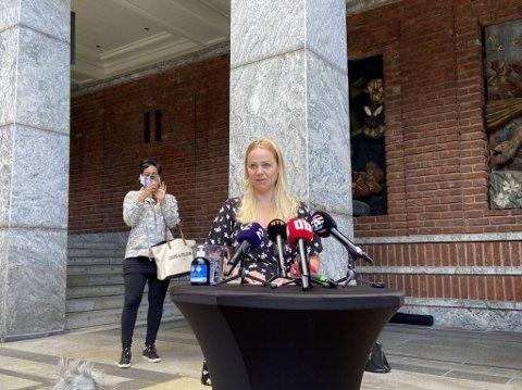 Rødts gruppeleder Eivor Evenrud var utslagsgivende da hun, og resten av Rødts representanter, stemte for mistillitsforslaget mot Lan Marie Berg (MDG).
