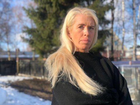 DRIVER ALNA KENNEL OG HUNDEPARK: Wenche Waldahl Stenberg driver familiebedriften Alna Kennel og Hundepark.