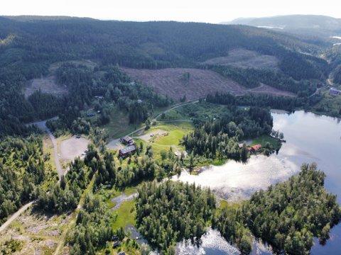 Meteoritten skal ligge i området mellom Sjåstad og Sylling. Foto: Rune Folkedal
