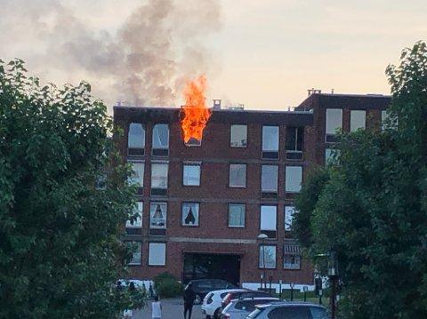 Det brant godt i leiligheten på Linderud torsdag kveld.
