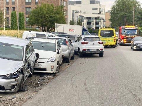 ULYKKE: Sjåføren i 20-årene fremstår som lettere skadet.