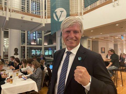 HAR TROA: – Vi er spent på utviklingen utover kvelden, sier Venstres Ola Elvestuen.