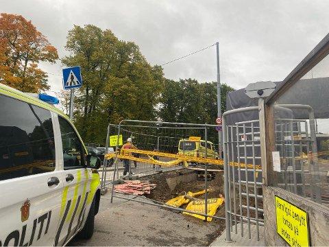 ULYKKE: Politiet på stedet etter en arbeidsulykke i Henrik Ibsens gate onsdag.
