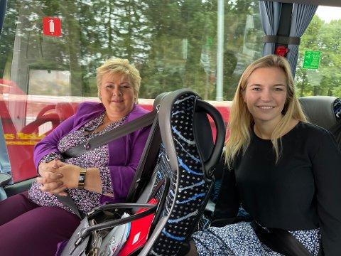 BUSSTUR: Erna Solberg la mandag ut på en lang valgkampturné ut i landet. Første etappe gikk fra Oslo til Lillestrøm.