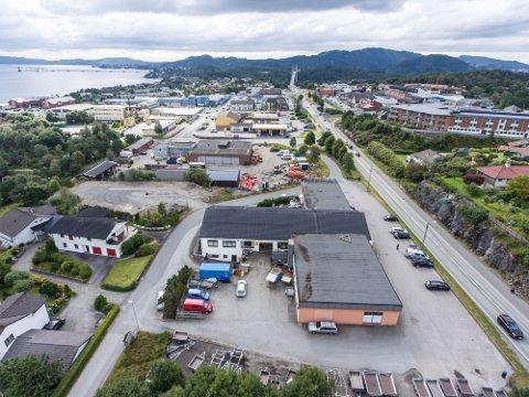 I Knarvik ønsker innbyggjarane seg både kino, leikeplassar og restaurantar.