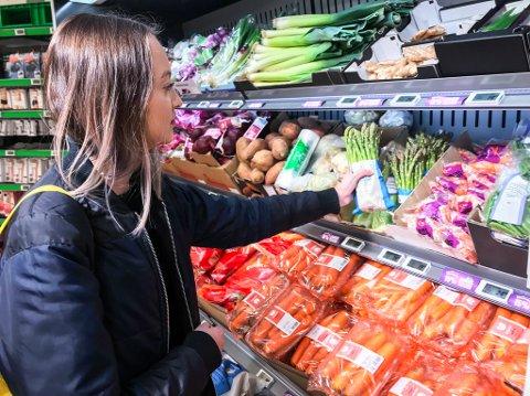 Den 17-år gamle veganaren er veldig glad i grønnsakar og vel meir enn gjerne grønt.