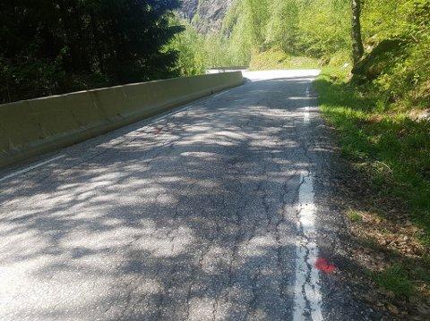 Politiet vil no komme i kontakt med folk som har vore mellom E39 i Matre og Stordalen skisenter mellom klokka 22.00 15. mai og 01.30 natt til 16. mai.