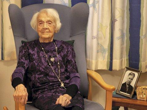 109 år: I dag fyller Solveig N. Hagen 109 år. Ho er Norges nest eldste person, og var ein av dei første som vart fotografert til prosjektet «100 over hundre». Foto: Arne Årseth, Studio Nordhordland