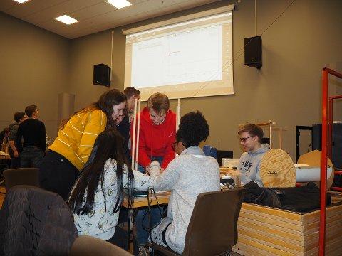 Tyske og norske elevar hjalp kvarandre.