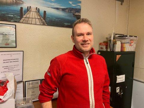 Frank Blindheim er butikksjef i Europris Knarvik i Knarvik senter.