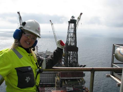 SATSAR: Nina Riple Brekke vil bytte ut ein lukrativ jobb som prosessoperatør  i Nordsjøen for å kunne oppfylle draumen om å bu i Finnmark og leve av bubilutleige.