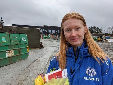 Andrea Torsheim kom med tre forslag til namn på fleirbrukshallen i Alversun. Eitt av dei er no offisielt valt som namn på hallen.