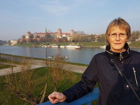 Laila Larsen frå Kaland i Austrheim er skaka etter den livsfarlege forbikøyringa som ho og mannen var vitne til førre veke.