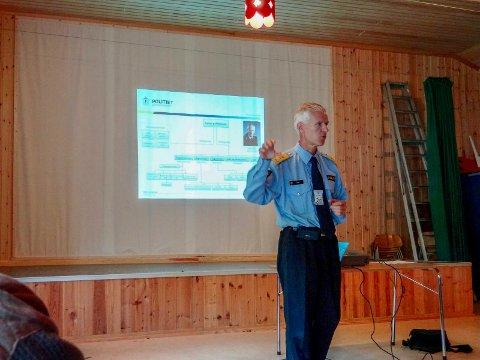 ÅPEN: Daværende politimester Geir Ove Heir, som var på Rødøya etter politiaksjonen, har åpnet for å se på kravet om etterforskning på nytt. (Foto: Privat)