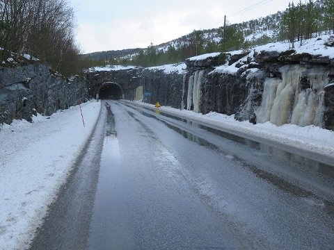 Tunnelen på E6 i Tømmernes skal utbedres.